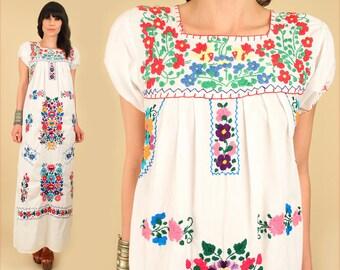 ViNtAgE 70s Floral Embroidered Mexican Maxi Dress // Cotton  Oaxacan Artisan Handmade Hippie BoHo Wedding Small S