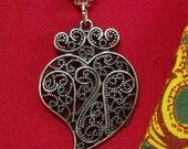 Heart of Viana filigree small Portuguese necklace