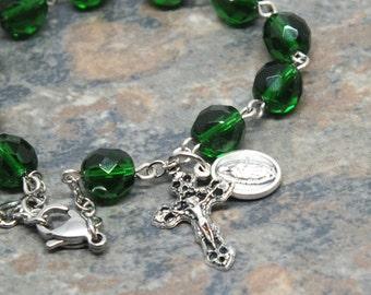 Czech Glass Rosary Bracelet in Emerald Green; Our Lady of Guadalupe Bracelet; Catholic Bracelet; Religious Jewelry; Catholic Jewelry