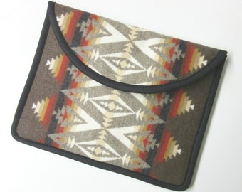 iPad PRO 12.9 Cover Case iPad Sleeve Padded Southwest Wool Pacific Crest Blanket Weight Wool from Pendleton Oregon