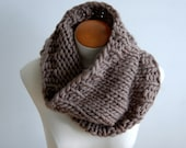 SALE - Hand-knit chunky cowl - Latte