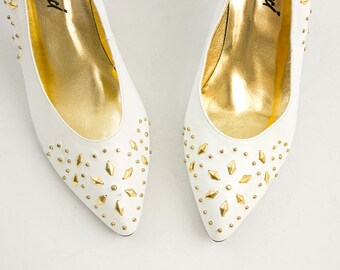 90s Vintage White And Gold Studded Leather Heels / Size US 6 / EU 36.5