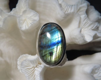 Beautiful Labradorite Ring Size 7