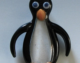 Penguin Pendant Penguin Necklace Glass Penguin Penguin Focal Bead Penguin Jewelry Lampwork Glass Tom Heath Sanctuary Glass FREE SHIPPING