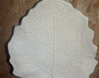 ON SALE Vintage Wedding White Leaf Plates, Made in Italy, White Leaves, Costa Made in Italy Porcelain, Fall Leaves, Maple Leaf