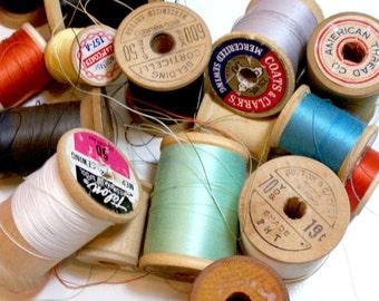 Wood Spools, Vintage Thread on Wooden Spools set of 20, Vintage Wood Spools