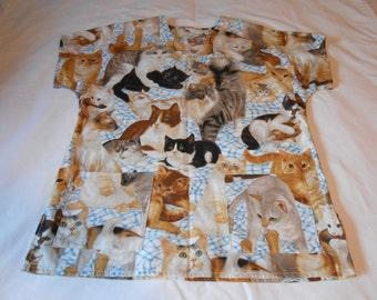 Scrub Top (Cats, Beige - Small)