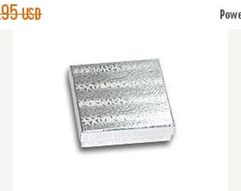 Christmas in July 100 Pack Silver Foil 3.5 X 3.5 X 1 Inch  Size Cotton Filled Jewelry Presentation Gift Boxes