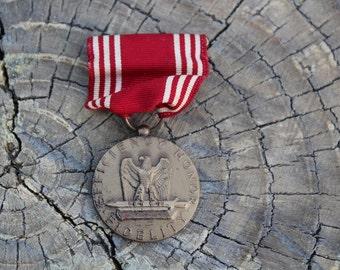 Vintage WWII Efficiency Honor Fidelity Medal