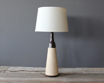 Modern Coiled Rope Ceramic Table Lamp