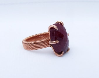 Beryl Ring, Red stone ring, Rose cut, copper ring, prong set oval stone, ring size 5.25