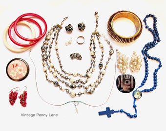 Destash Lot Vintage Costume Jewelry / Jewellery, Bangles, Coral, Antique Dress Clips