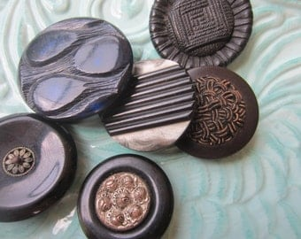 Vintage Buttons -Mid Century Modern mix of dark . black blue large coat buttons lot of 6( sept 389)