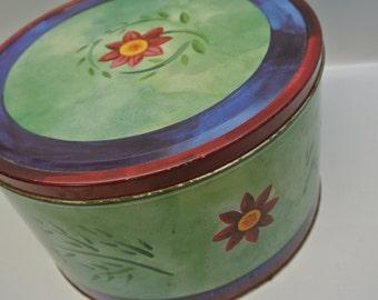 Large storage tin
