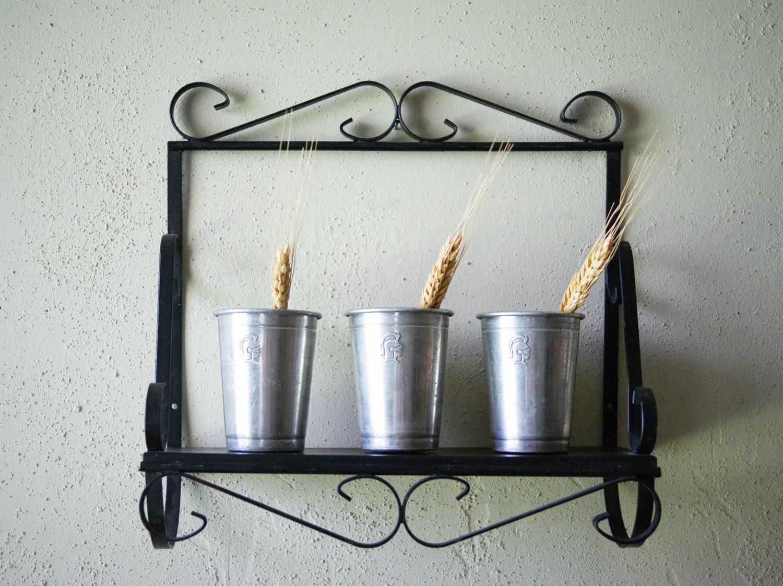 vintage wrought iron shelf wall display garden art. Black Bedroom Furniture Sets. Home Design Ideas