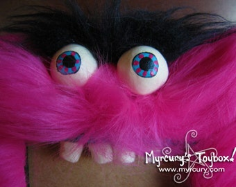 "MONSTER! Bright Pink Furry Big Mouth Picture Frame! - Holds 4""x6"" photo in it's mouth. Creepy furry cute hilarious creature!"