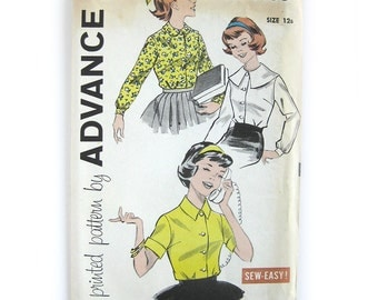 1950s Girls Sub Teen Bouse Button Front Blouse with Optional Collar Styles Advance 9159 / Uncut FF / Size 12s