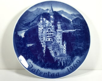 Vintage 1969 Father's Day Plate -  Bareuther & Co., Castle Neuschwanstein