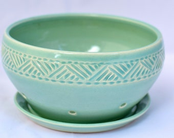 Berry Bowl in Pale Green - Ceramic Colander - Stoneware Pottery