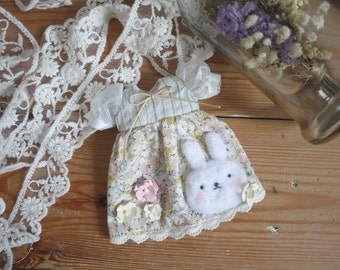 Sweet Floral Rabbit
