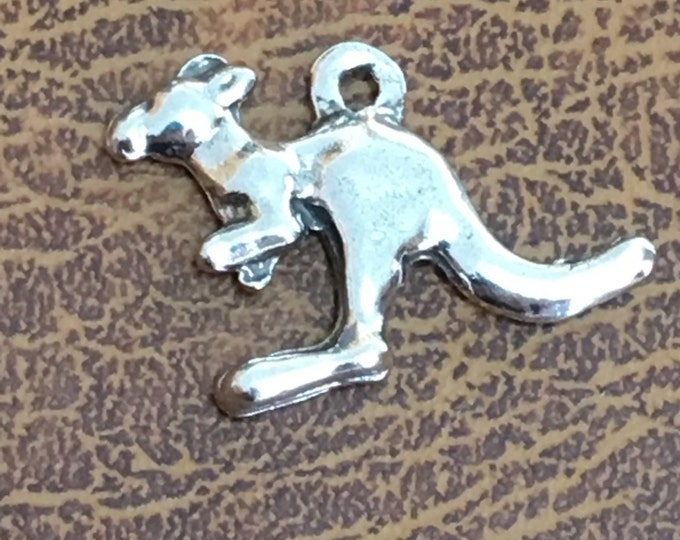Small kangaroo pendant or Charm made with Australian Pewter. Lead and nickel free.