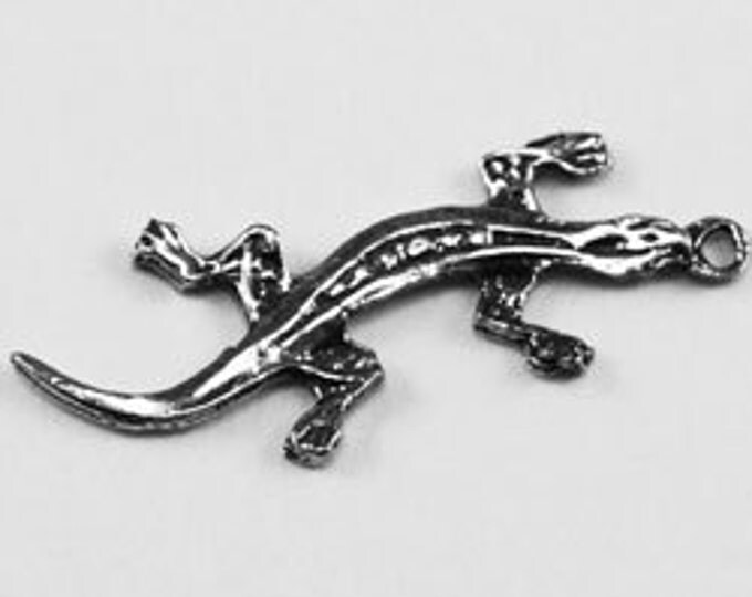 Small lizard pendant made with Australian Lead Free pewter AF023