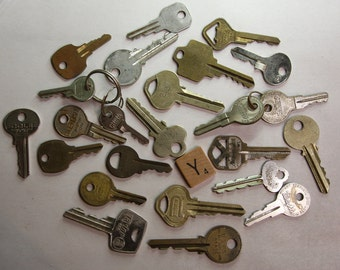 KEY Lot (24) Car Keys-House Keys-Mixed Media Altered Art Supply- Old Key