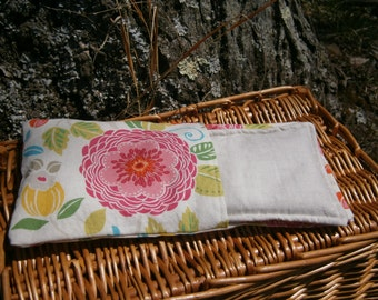 Organic Aromatherapy Eye Pillow Flax Lavender Mint Yoga Savasana Removable Cover White Floral Relaxation Soothing Natural Microwave Compress