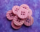 Vintage Pink Buttons 18mm - 3/4 inch Matte Dusty Rose Pink Plastic Sewing Buttons - 8 VTG NOS Grooved Stripe Waffled Retro Mod Buttons PL026