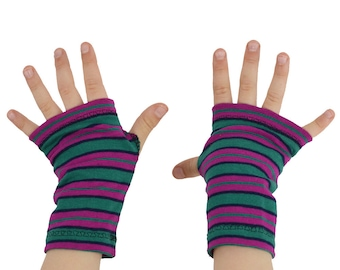Toddler Arm Warmers in Funky Stripes - Kelly Green and Raspberry - Fingerless Gloves