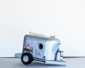 Retro Eco Friendly Air Stream Trailer Birdhouse, With Clean Out ,