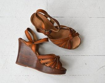 Strappy Platform Sandals   vintage 1970s platforms   leather wood platform shoes 6