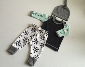 Newborn Baby Boy Coming Home Outfit, Boys Clothing, Pants Shirt with Matching Hat, Arrows, Tribal, Teepee