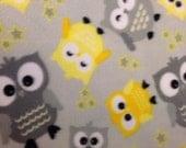 RaToob, Gray and Yellow Owls on Light Gray