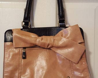 """LARGE 1990s Bag Tan Brown  Faux  Leather with lots of Room  With Outside Compartment  13 1/2"""" X 12"""" X 3""""   On SaLe Now"""