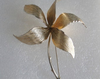 Vintage Goldtone Etched Giovanni Pin