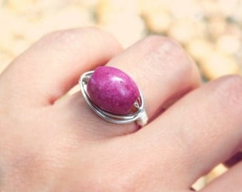 Rhodonite Ring, Pink Barrel Ring, Cocktail Rings, Jewelry Rings. Size 6. Rhodonite Gemstone Ring, Old Pink. Romantic Ring, Silver Wire Ring