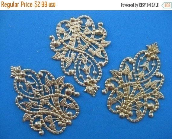 40 OFF CLOSEOUT SALE - Raw Brass Antique Filigree Findings - 5 pcs