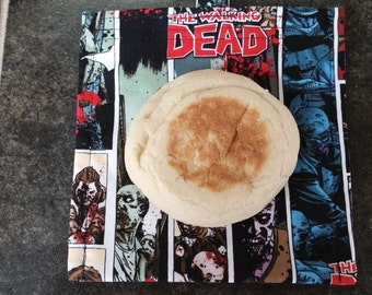 The Walking Dead Reusable Snack Bag Eco Friendly / Zombies / 2 sizes / Choice of Lining
