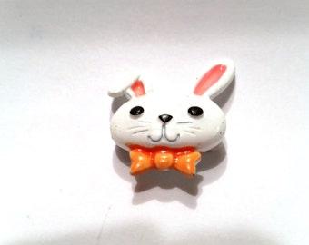 Sweet little Enamel JJ White Bunny Rabbit Vintage Pin