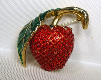 Yummy Red Strawberry PIN, 1980s Encrusted Red Rhinestone Seeds on Gold, Fruit w Green Enamel Leaf and Gold Stem Brooch