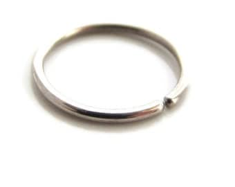Single Solid Silver Cartilage Ring Small Hoop Earring Small Thin 20Gauge 8mm, One ( 1 )