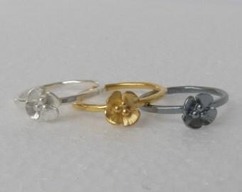 Single flower ring