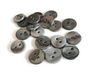 Mother of Pearl Shell Buttons 10mm - set of 8 eco friendly grey buttons  (BN656A)