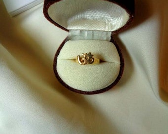 18K solid gold aum om ring