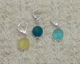 Sea Glass Crochet Stitch Markers - Knitting Stitch Markers - Removable Stitch Markers - 12mm yellow teal blue beach glass - set of 6