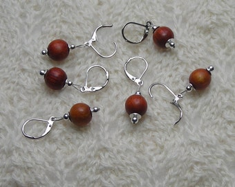 crochet knitting removable stitch markers - redwood  beads - 10mm beads - set of 6 - red orange colored wood