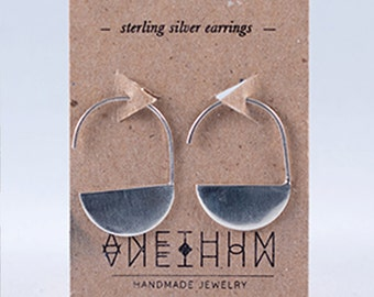 Large Solid Secant Earrings