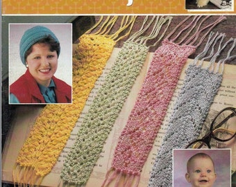 Quick & Easy Knit Projects Annies Attic Pattern Booklet Bookmarks, Bib, Sachet, Hat, Dog Sweater, Hot Pad, Ski Cap, Golf Club Covers, Hanger