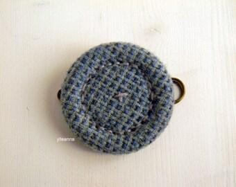 Kilt pin brooch. Tweed round pin. Dusty blue ,mint green.